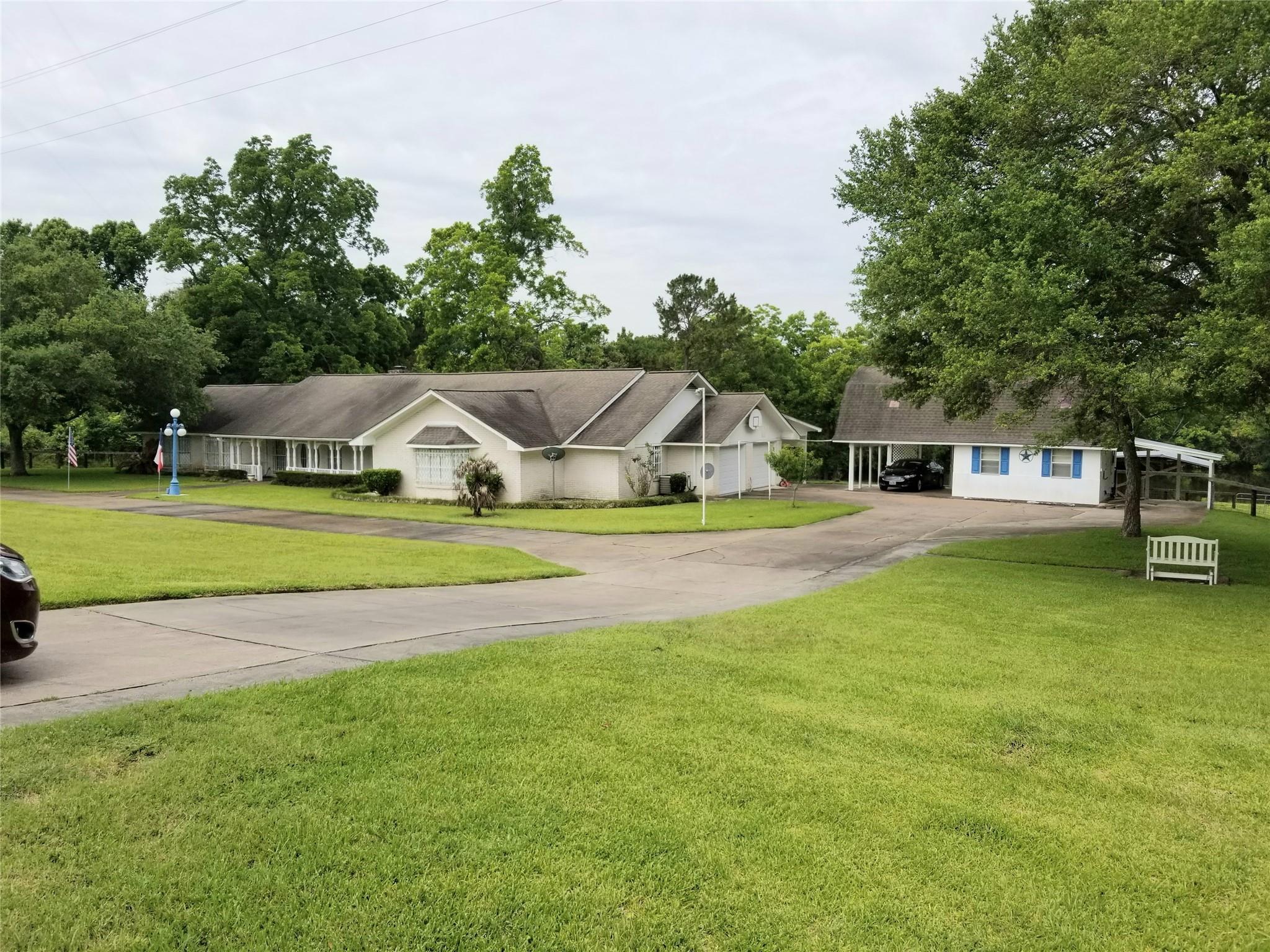 301 Farm-to-Market 1011 Road Property Photo - Liberty, TX real estate listing