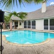 9911 Sand Dollar Drive Property Photo - Houston, TX real estate listing