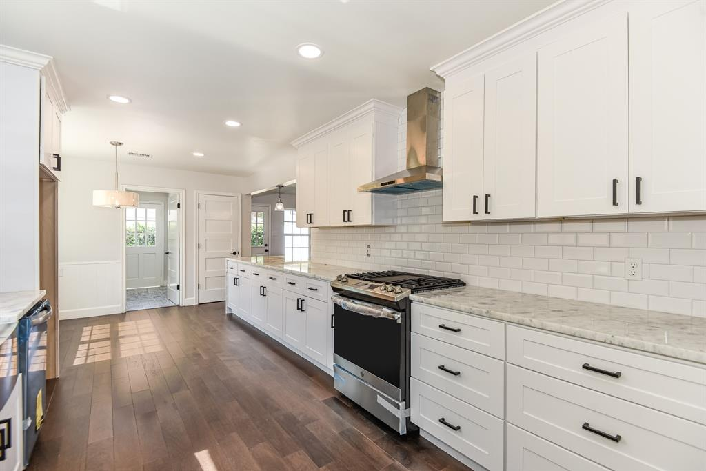 7726 Braes Meadow Drive Property Photo - Houston, TX real estate listing