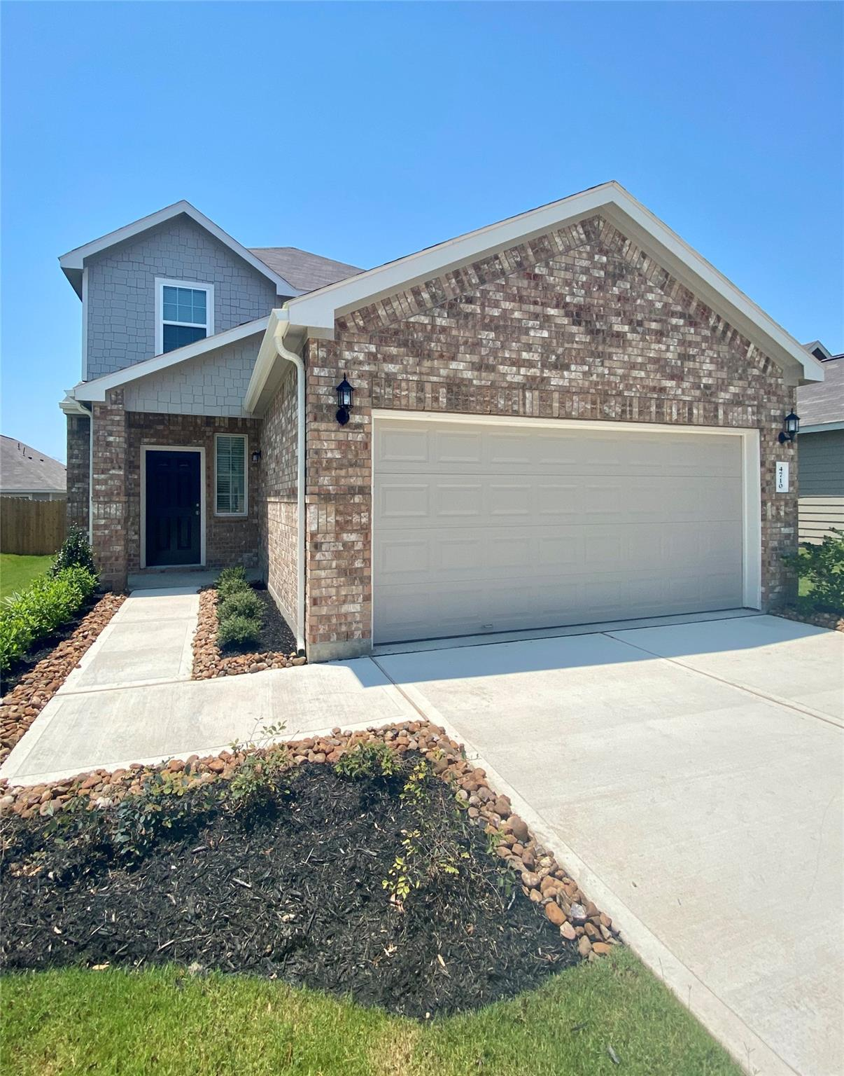 4710 Los Pines Way Property Photo - Bryan, TX real estate listing