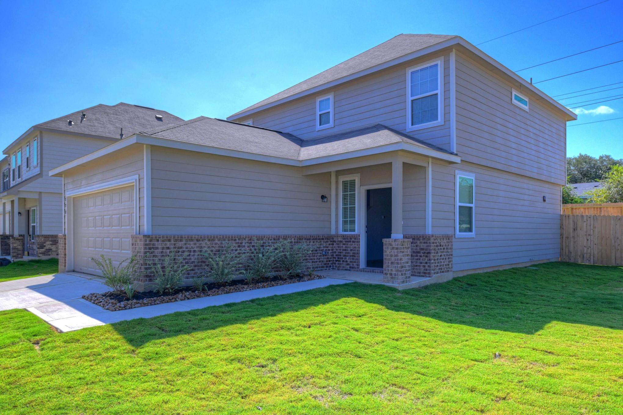 978 Crossing Drive Property Photo - Bryan, TX real estate listing