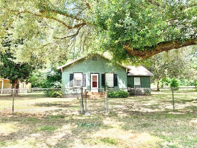 11569 Main Street Property Photo