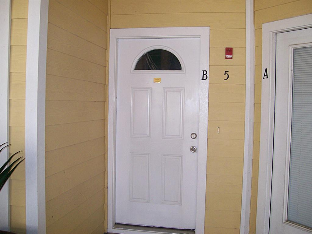 811 Bradford Condos (2006) Real Estate Listings Main Image