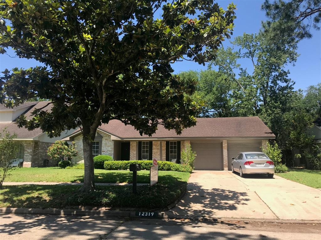 12319 Welland Drive Property Photo - Houston, TX real estate listing