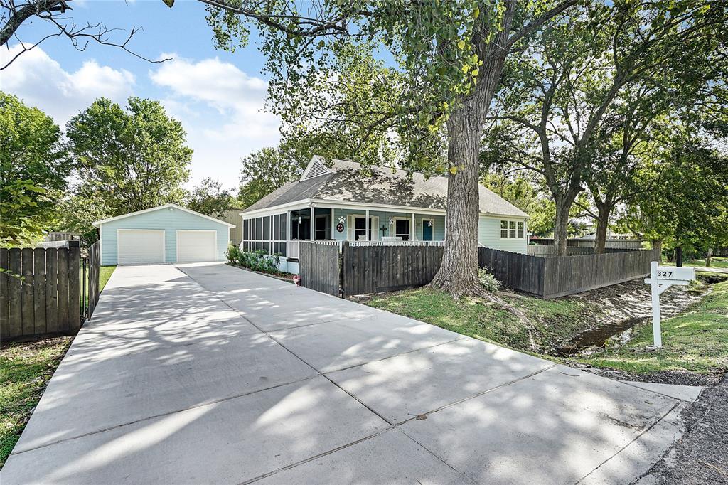 327 Middleton Street, Bacliff, TX 77518 - Bacliff, TX real estate listing