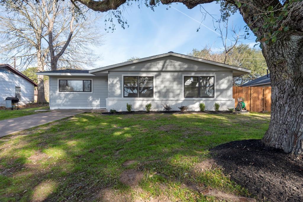 208 Pine Street Property Photo