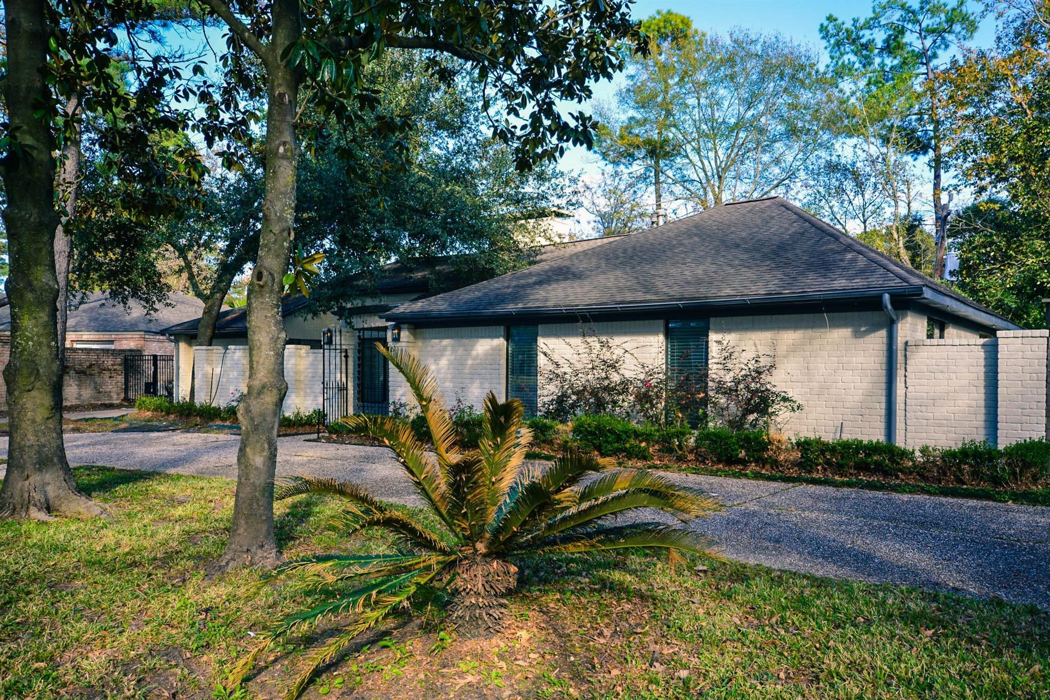 15 Briar Hill Drive Property Photo