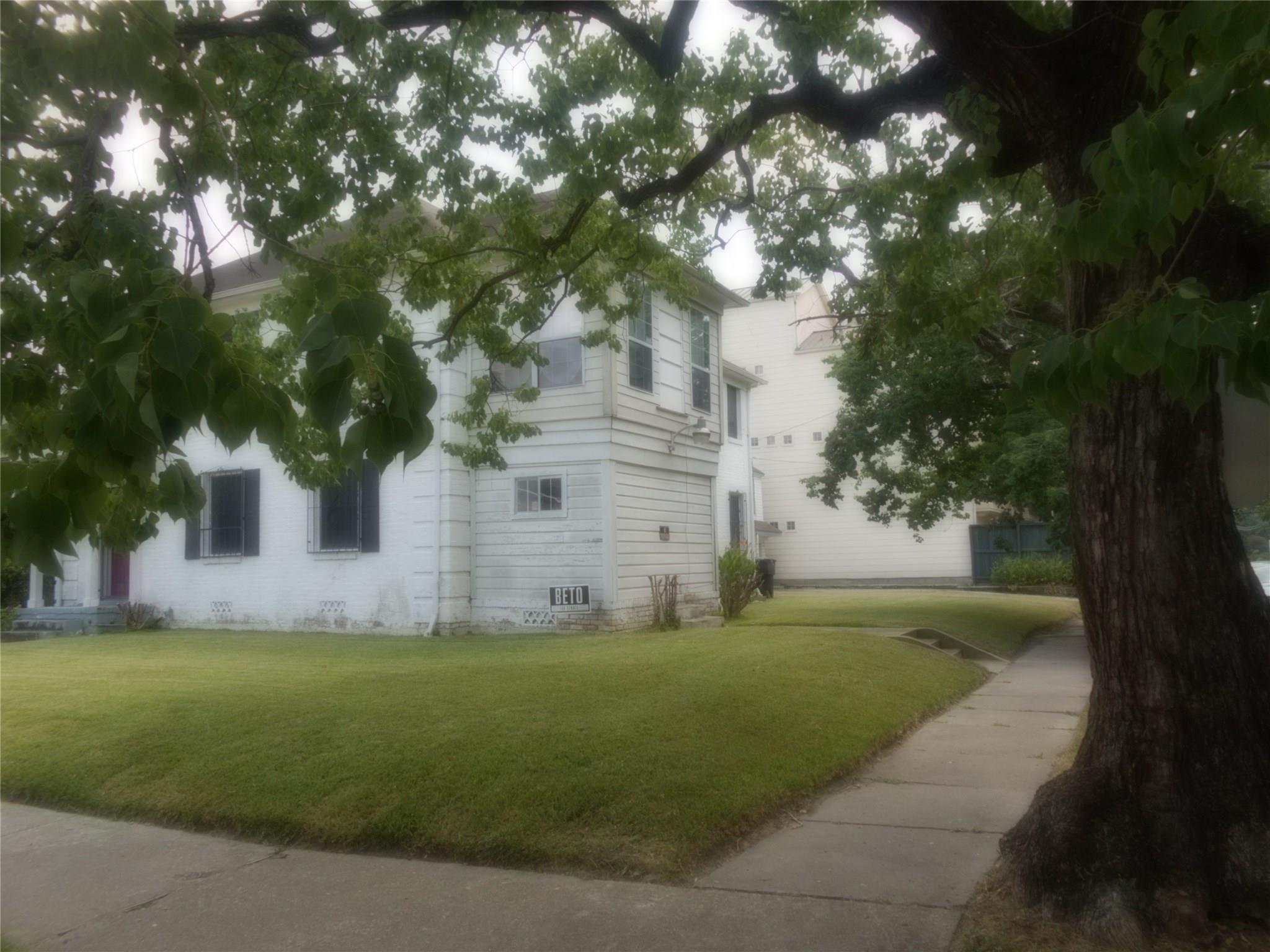 4919 La Branch Street Property Photo