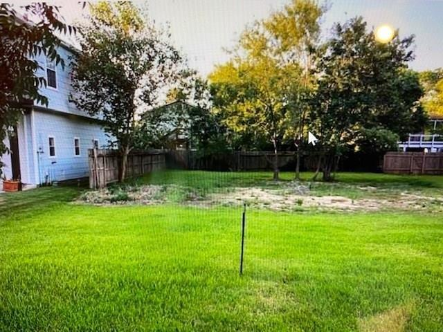 0 Forest Property Photo - Clear Lake Shores, TX real estate listing