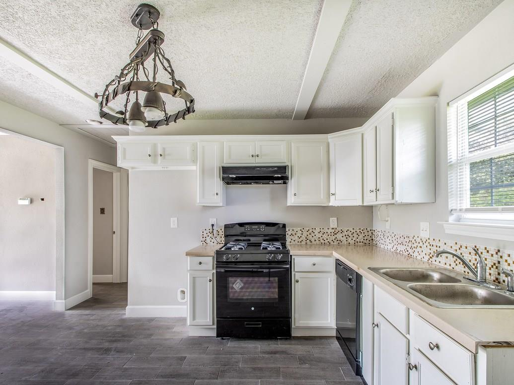4435 Swift Drive Property Photo - Beaumont, TX real estate listing