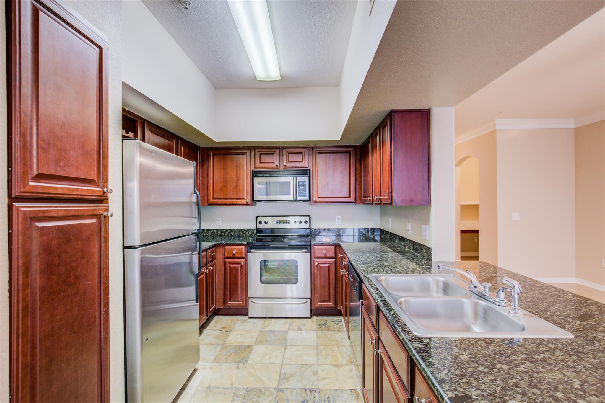 7575 Kirby Drive #2211 Property Photo - Houston, TX real estate listing