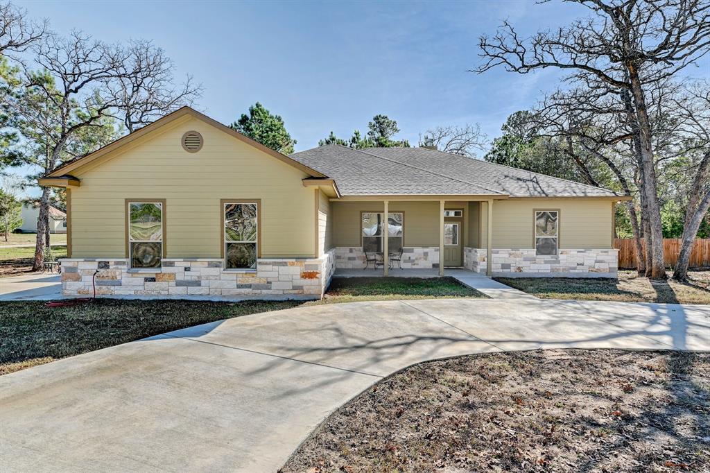 142 N Buckhorn Drive, Bastrop, TX 78602 - Bastrop, TX real estate listing