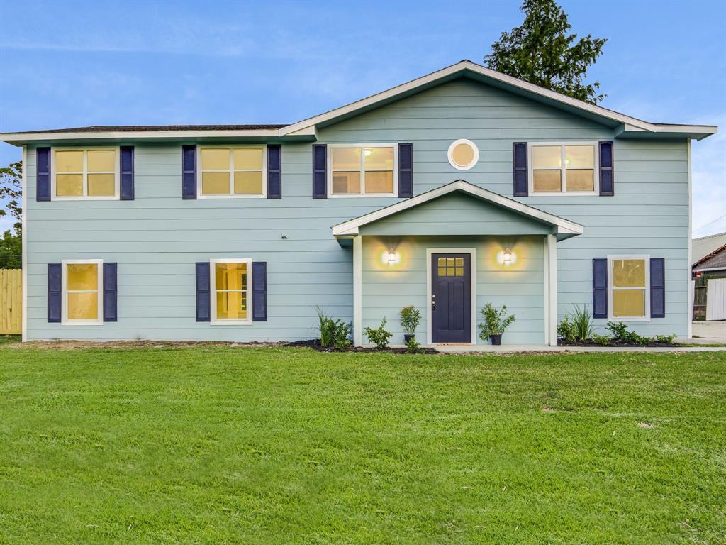 625 Shadylawn Street Property Photo - Shoreacres, TX real estate listing