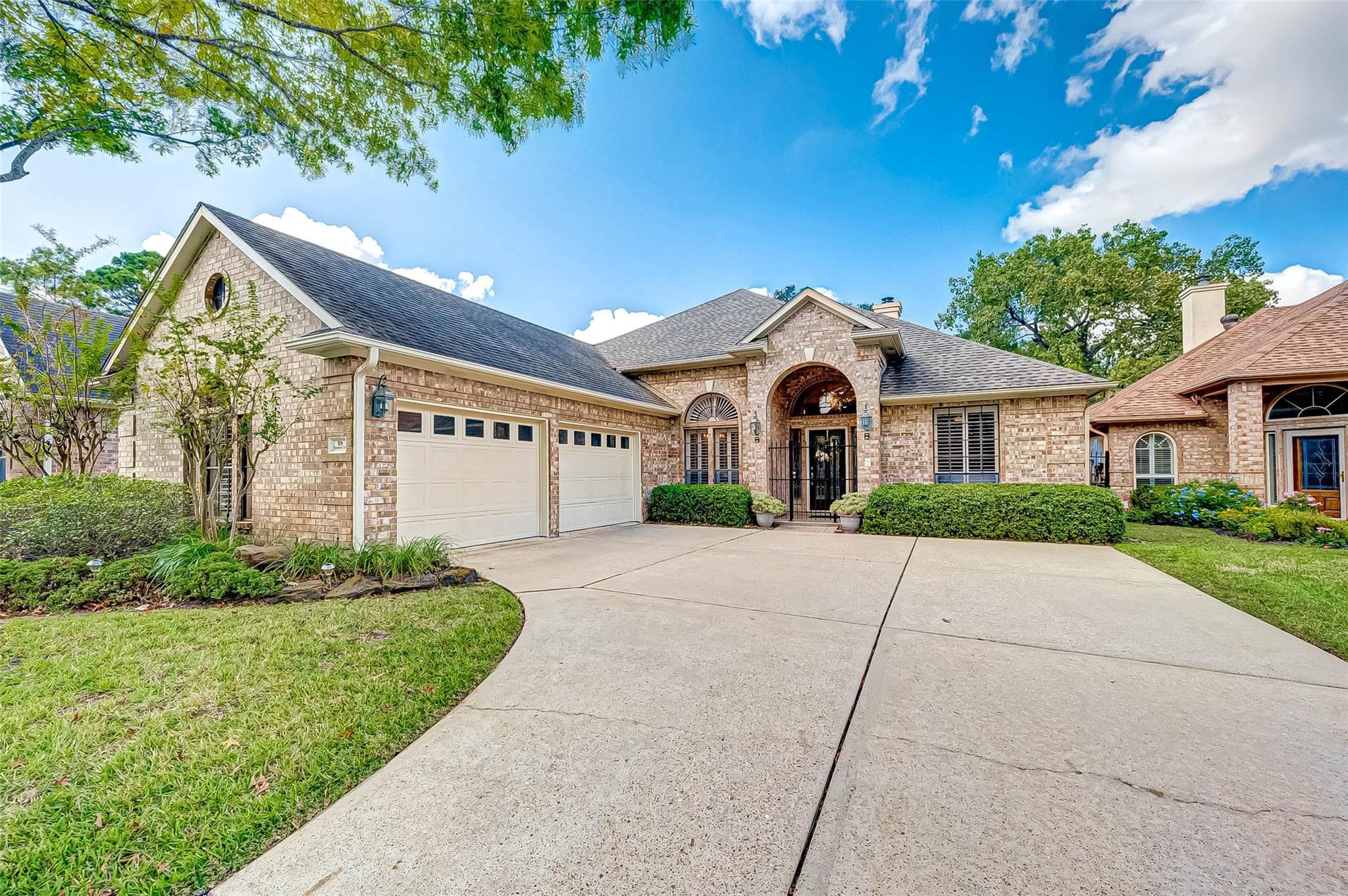 3106 Evergreen Oak Drive Property Photo - Houston, TX real estate listing