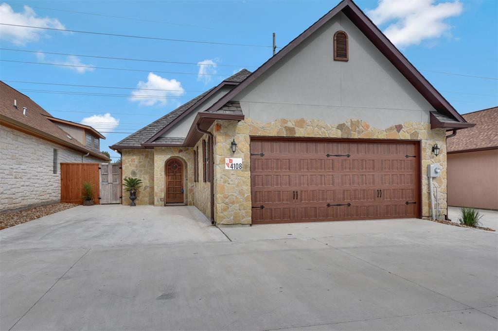 4108 S Texas Avenue Property Photo - Bryan, TX real estate listing