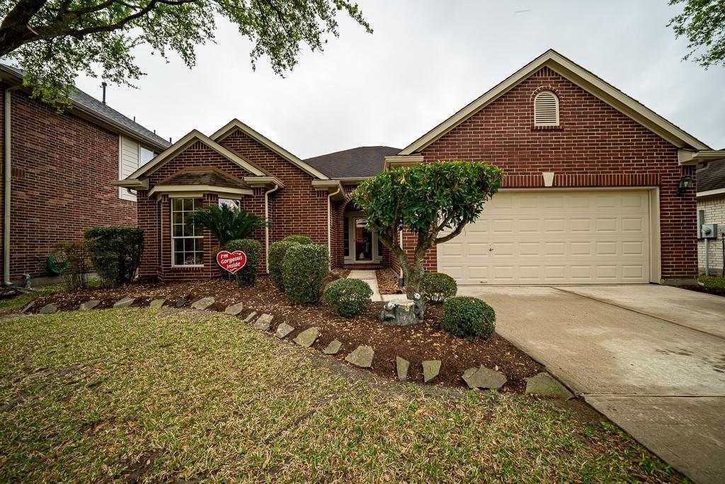 1722 Gillingham Way, Pasadena, TX 77504 - Pasadena, TX real estate listing