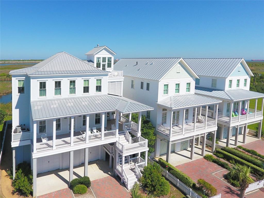 1518 Beachtown Drive Property Photo - Galveston, TX real estate listing