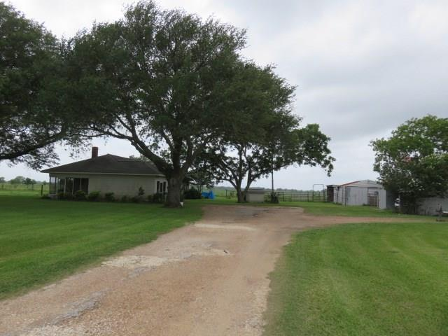 1679 Fm 1160 Road Property Photo - Louise, TX real estate listing