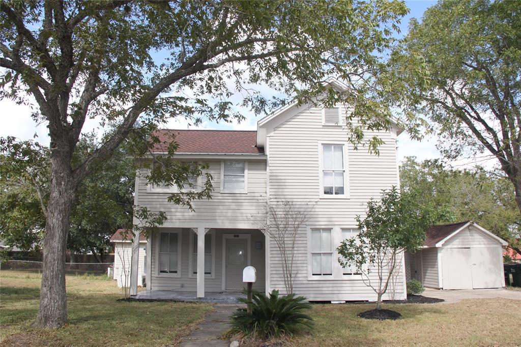 1007 E 5th Street, Hallettsville, TX 77964 - Hallettsville, TX real estate listing
