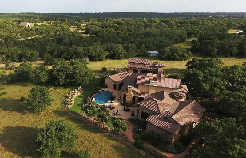 3021 Bridlewood Ranches Drive Property Photo - San Marcos, TX real estate listing