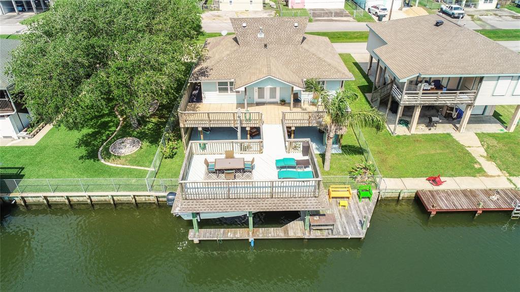 258 Barracuda Street Property Photo - Bayou Vista, TX real estate listing