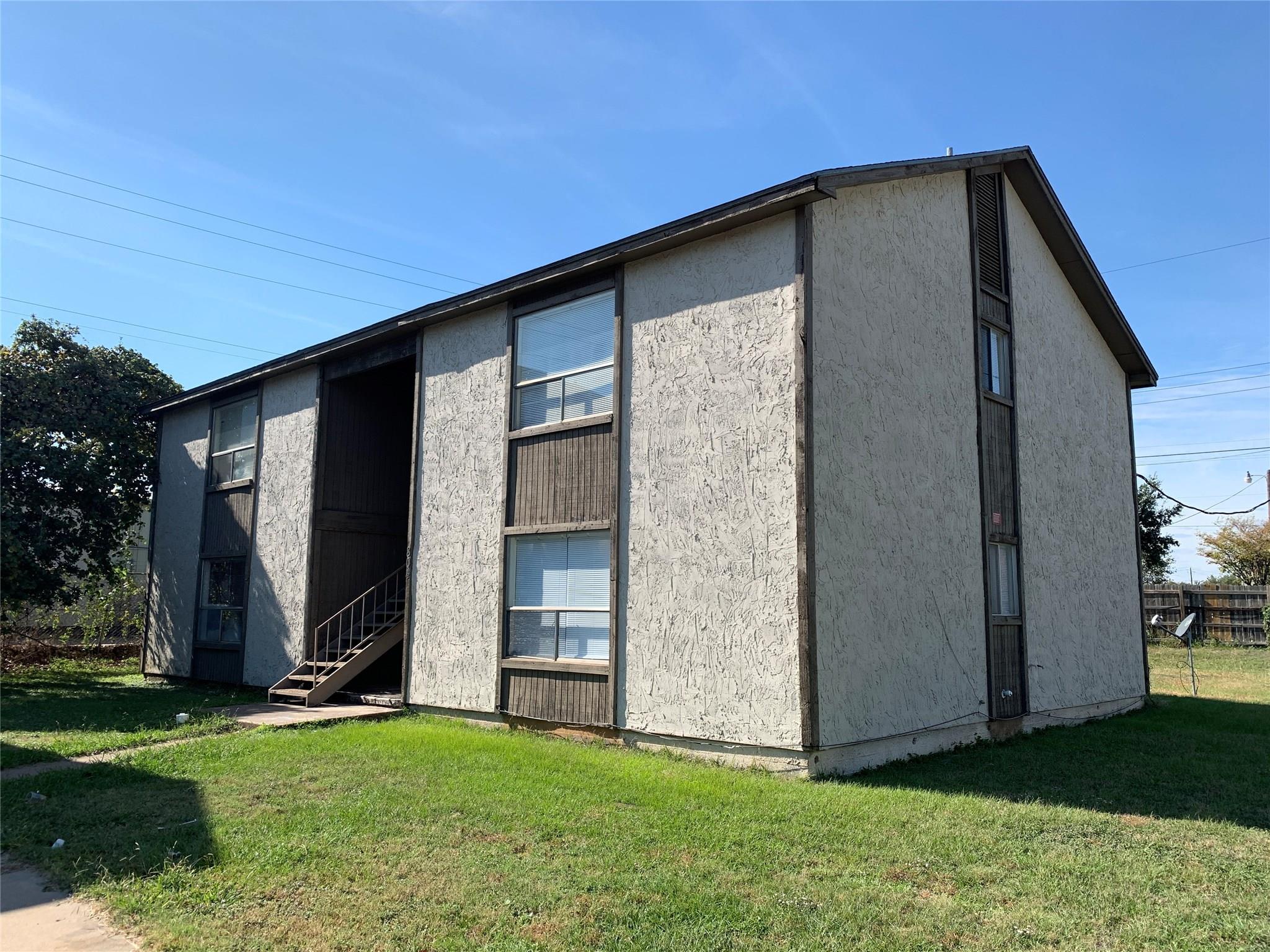 804 Lisa Circle #A-H Property Photo - Bryan, TX real estate listing