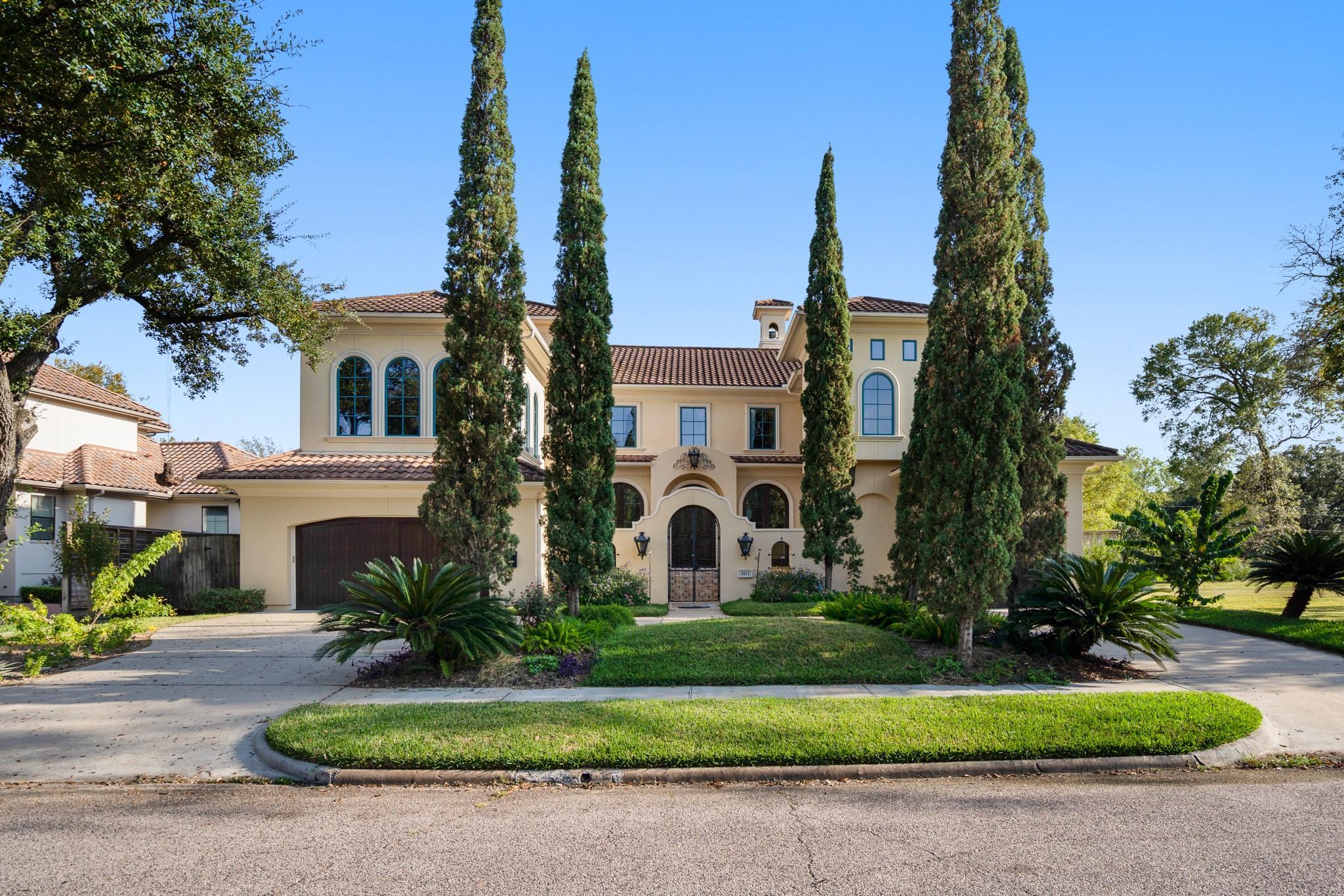 4811 Braesvalley Drive Property Photo 1