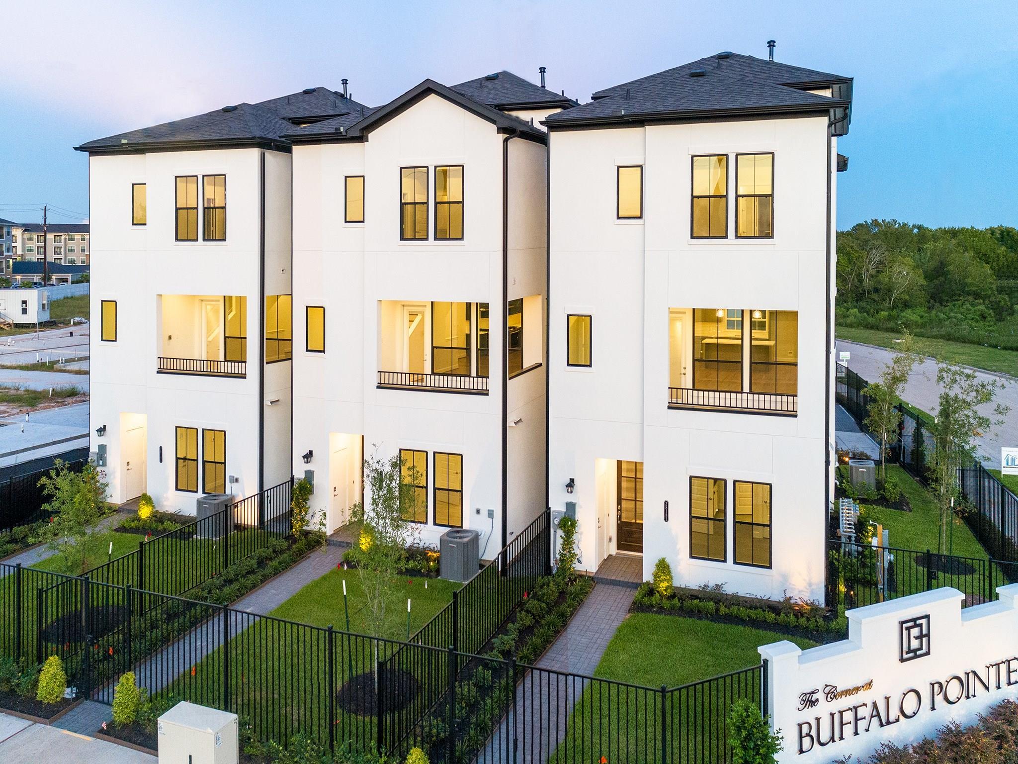 2812 Grand Fountains Drive #E Property Photo - Houston, TX real estate listing