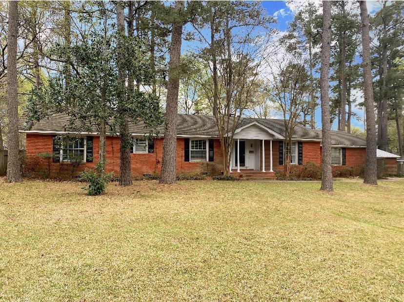 1301 Wildbriar Drive Property Photo - Lufkin, TX real estate listing
