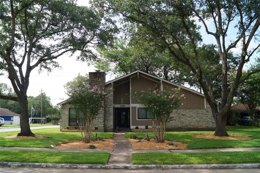 703 Whitecap Drive Property Photo - El Lago, TX real estate listing