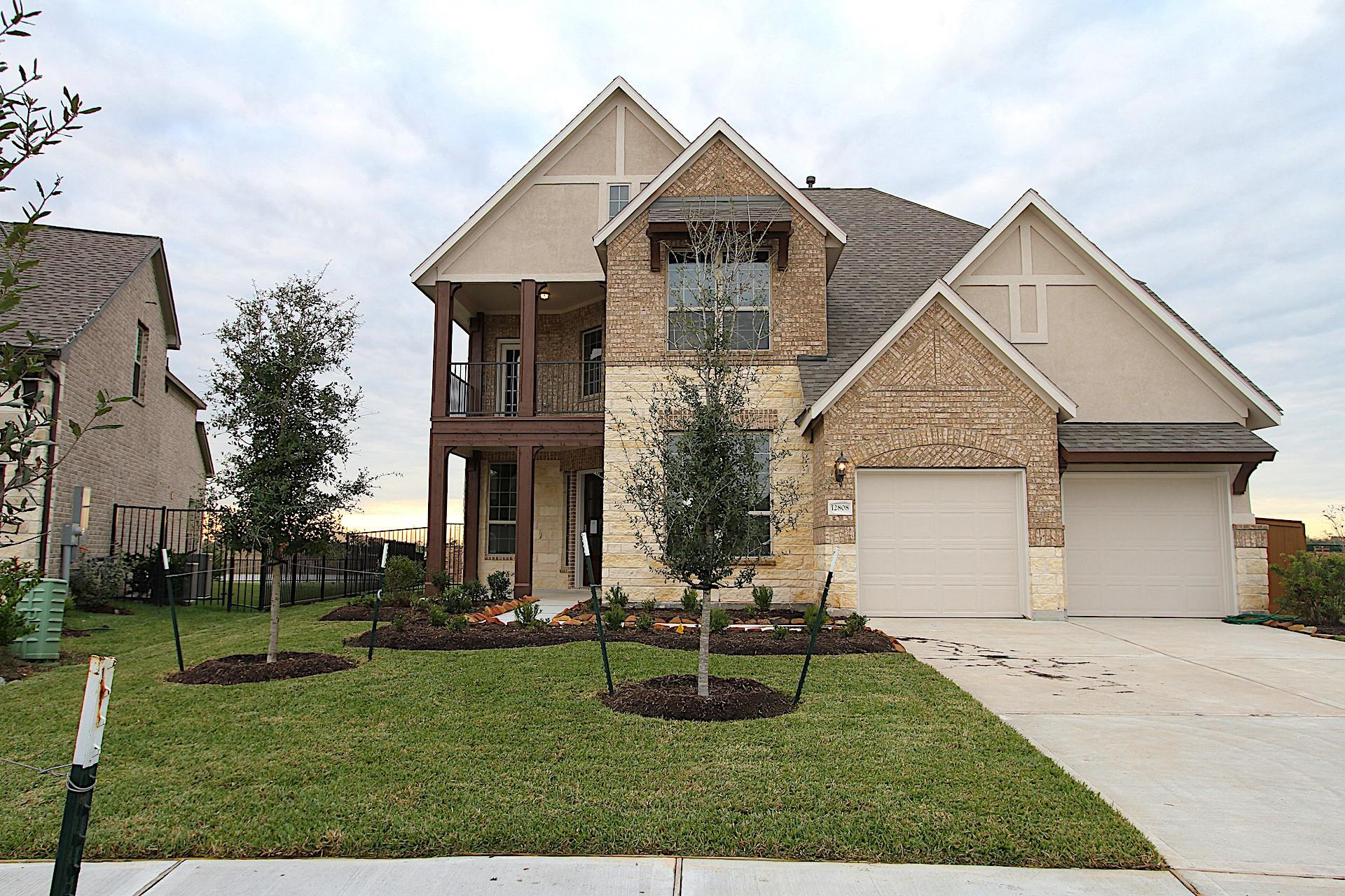 12808 Flora Manor Drive Property Photo - Texas City, TX real estate listing