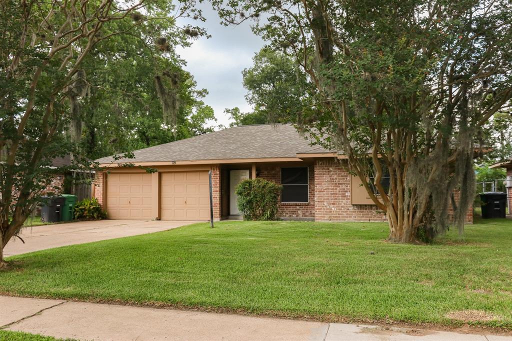 8451 Rinn Street Property Photo - Houston, TX real estate listing