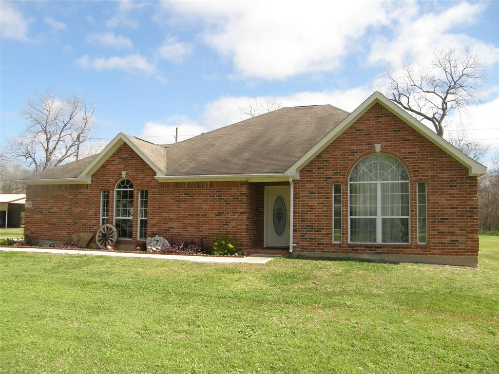 1114 Wagon Road Property Photo - Simonton, TX real estate listing