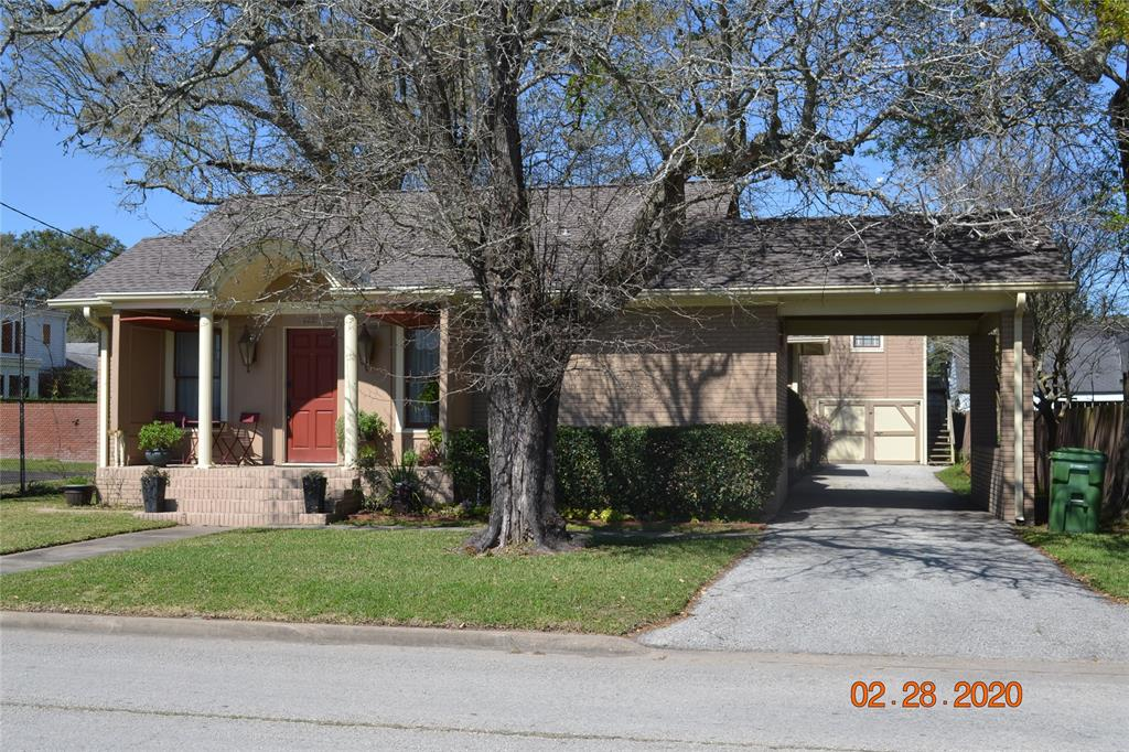 2221 Beaumont Avenue, Liberty, TX 77575 - Liberty, TX real estate listing