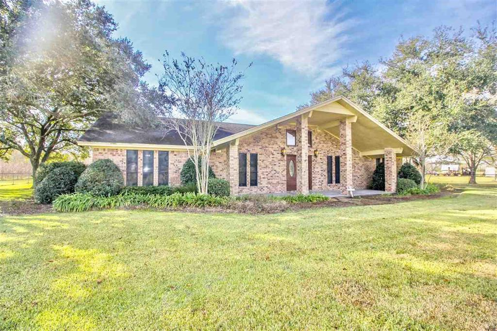 17653 FM 365 Road Property Photo - Beaumont, TX real estate listing