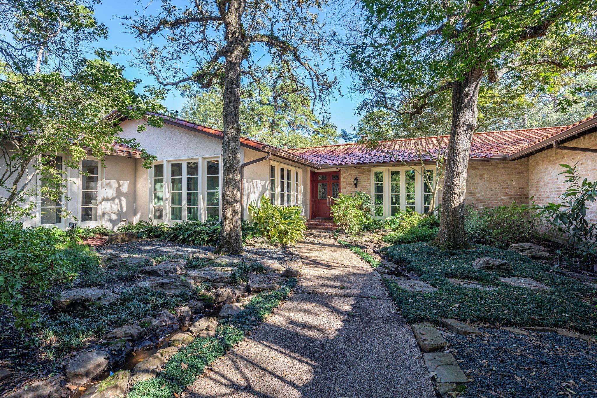 502 Thamer Lane Property Photo - Houston, TX real estate listing