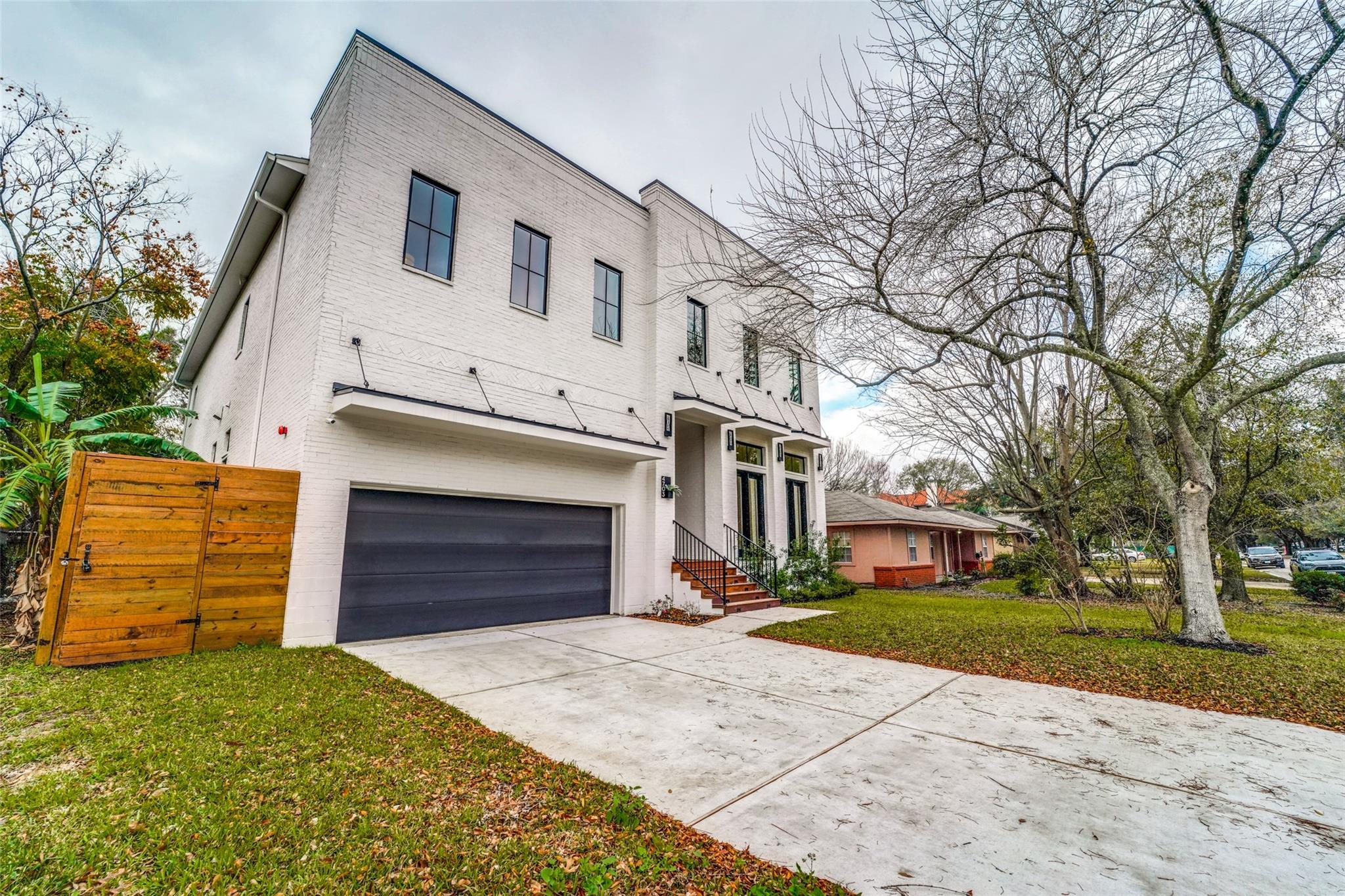 4703 Holly Street Property Photo - Bellaire, TX real estate listing