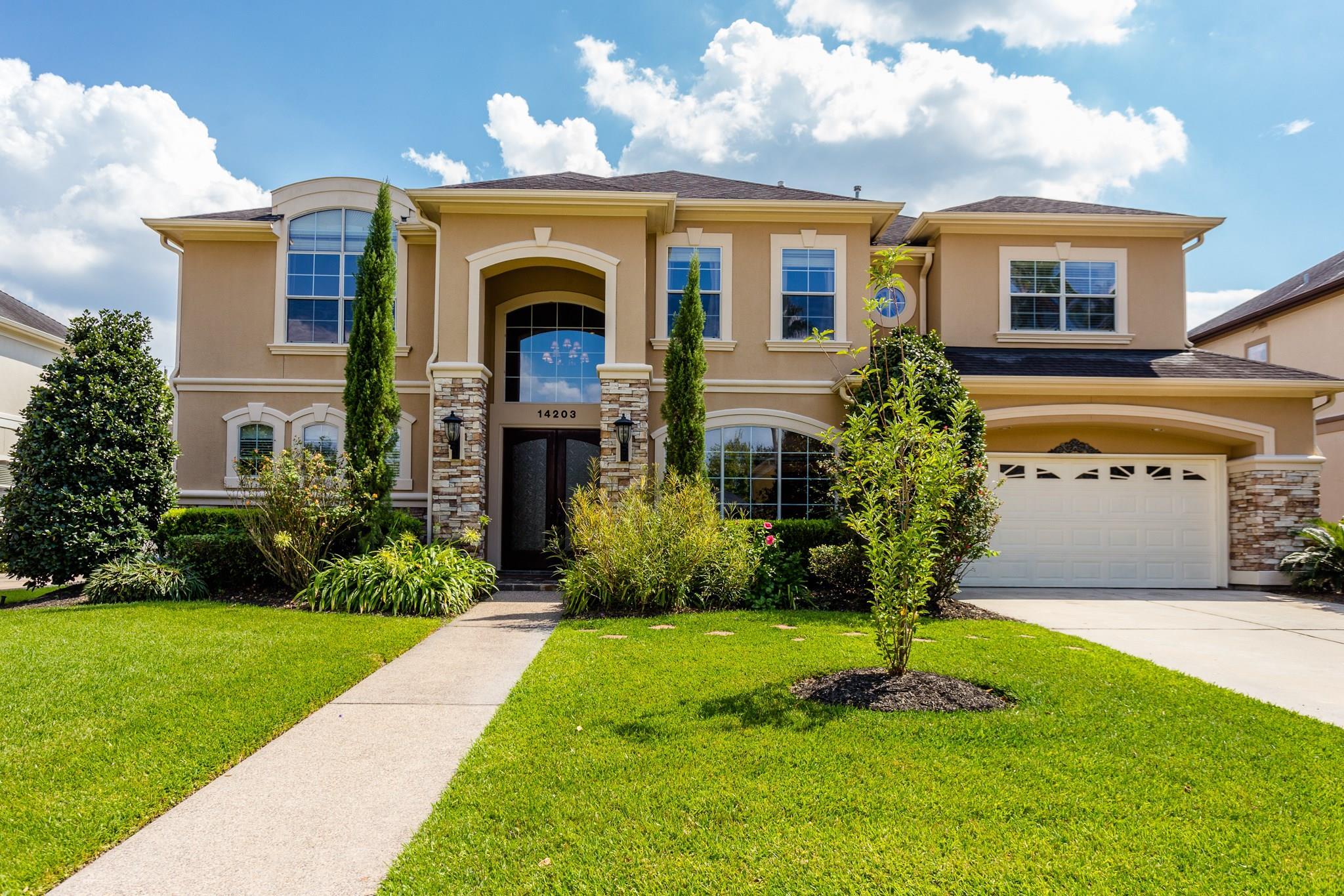 14203 Jade Cove Drive Property Photo - Houston, TX real estate listing