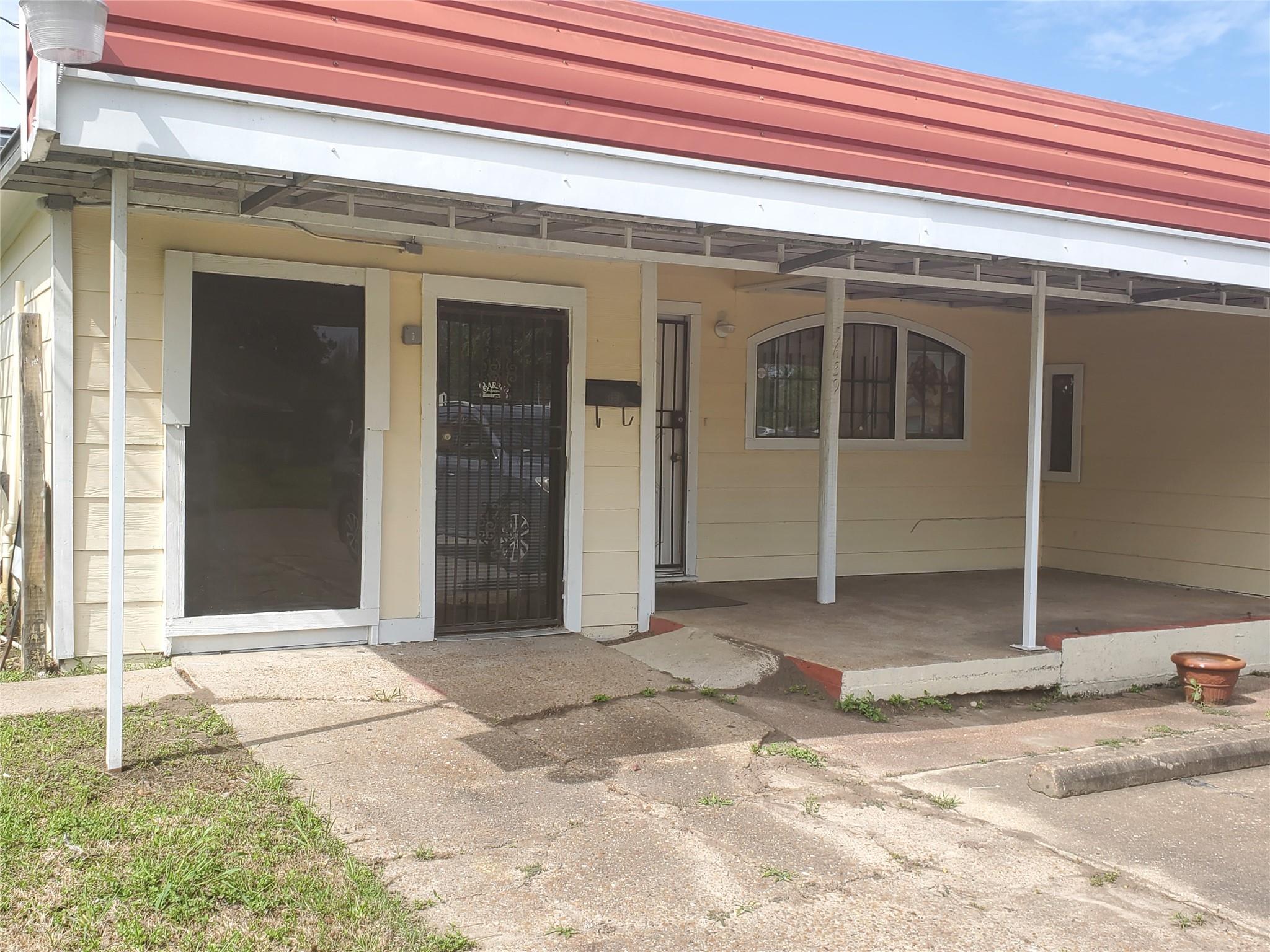5639 Overdale Street Property Photo