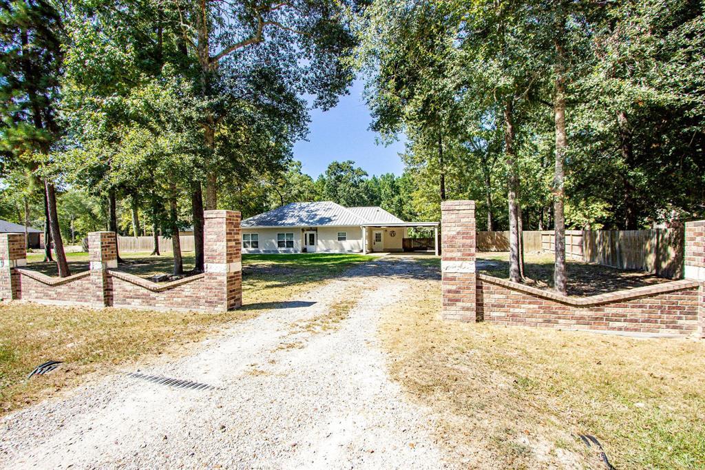 23535 Oakwood Drive, Splendora, TX 77372 - Splendora, TX real estate listing