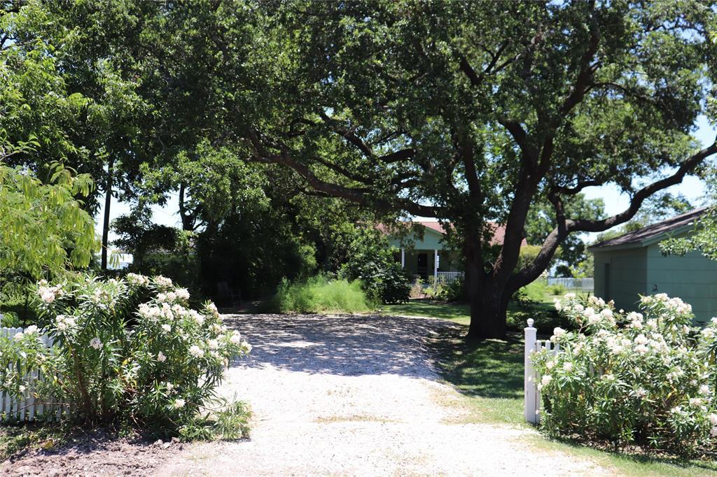 123 Bayridge Road Property Photo - Morgan's Point, TX real estate listing