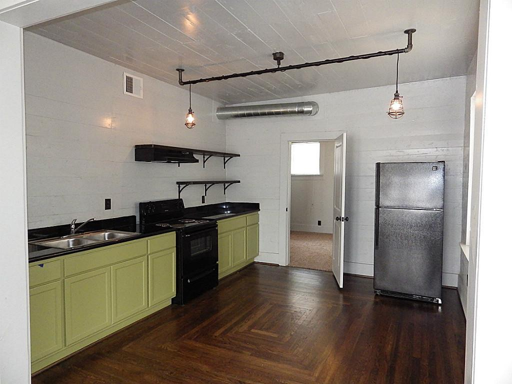 316 Eastwood Street #2 Property Photo