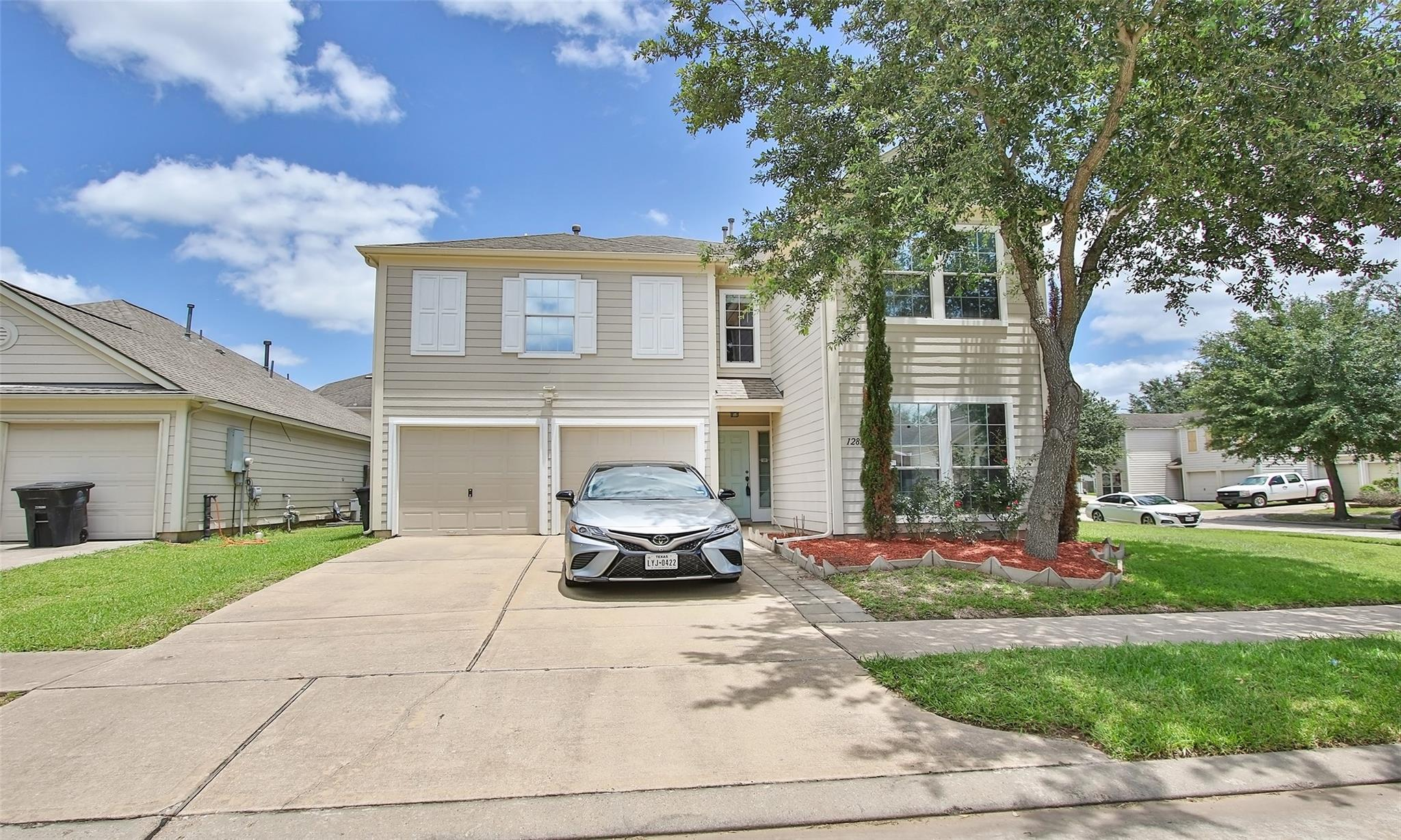12814 Magenta Oaks Drive Property Photo