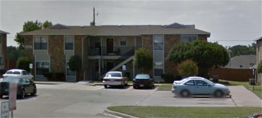 1300 Village Garden Property Photo - Azle, TX real estate listing