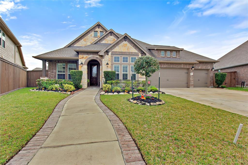 639 Aquilla Square Property Photo - Webster, TX real estate listing