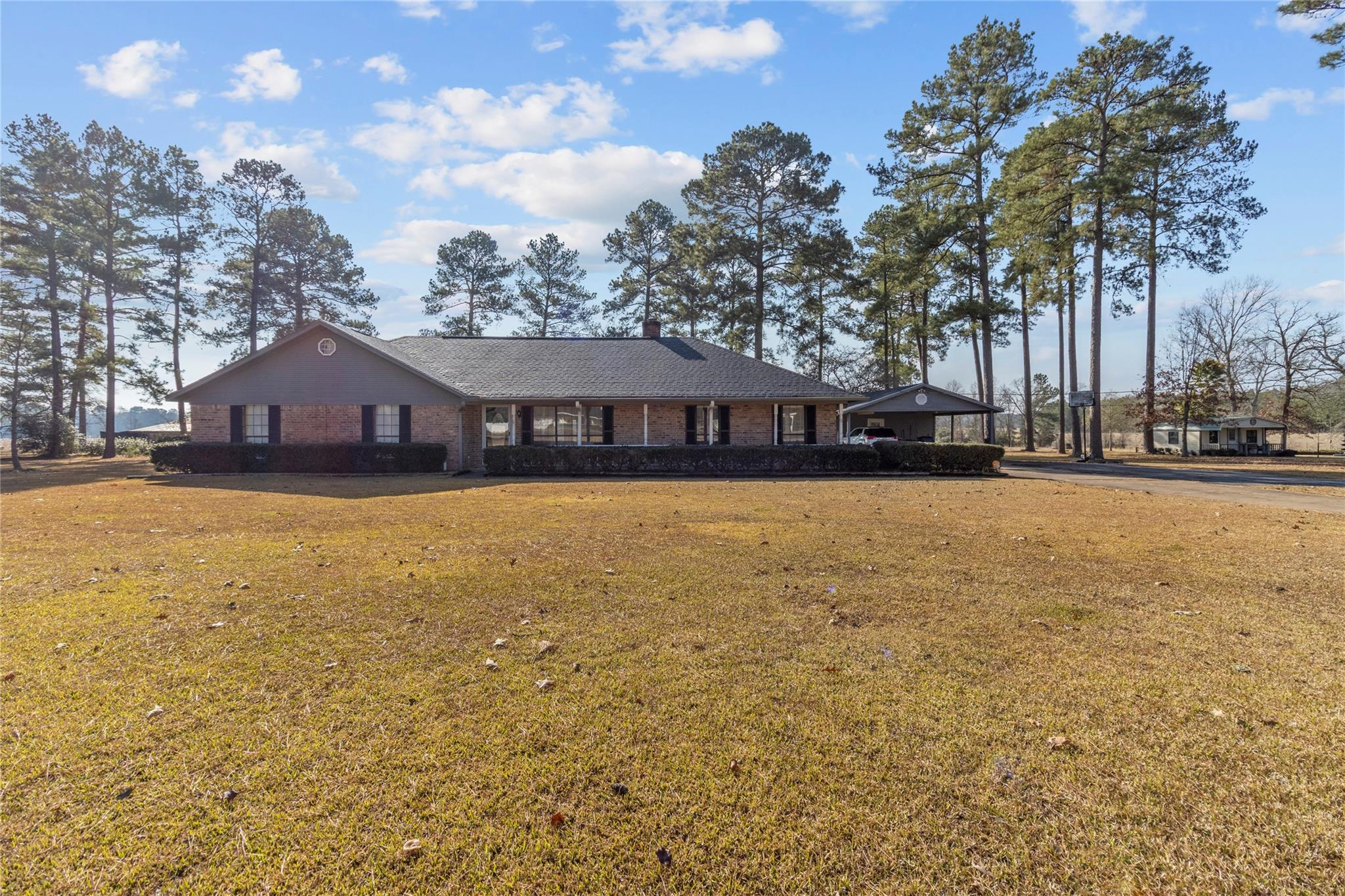 901 Roper Road Property Photo - Lufkin, TX real estate listing