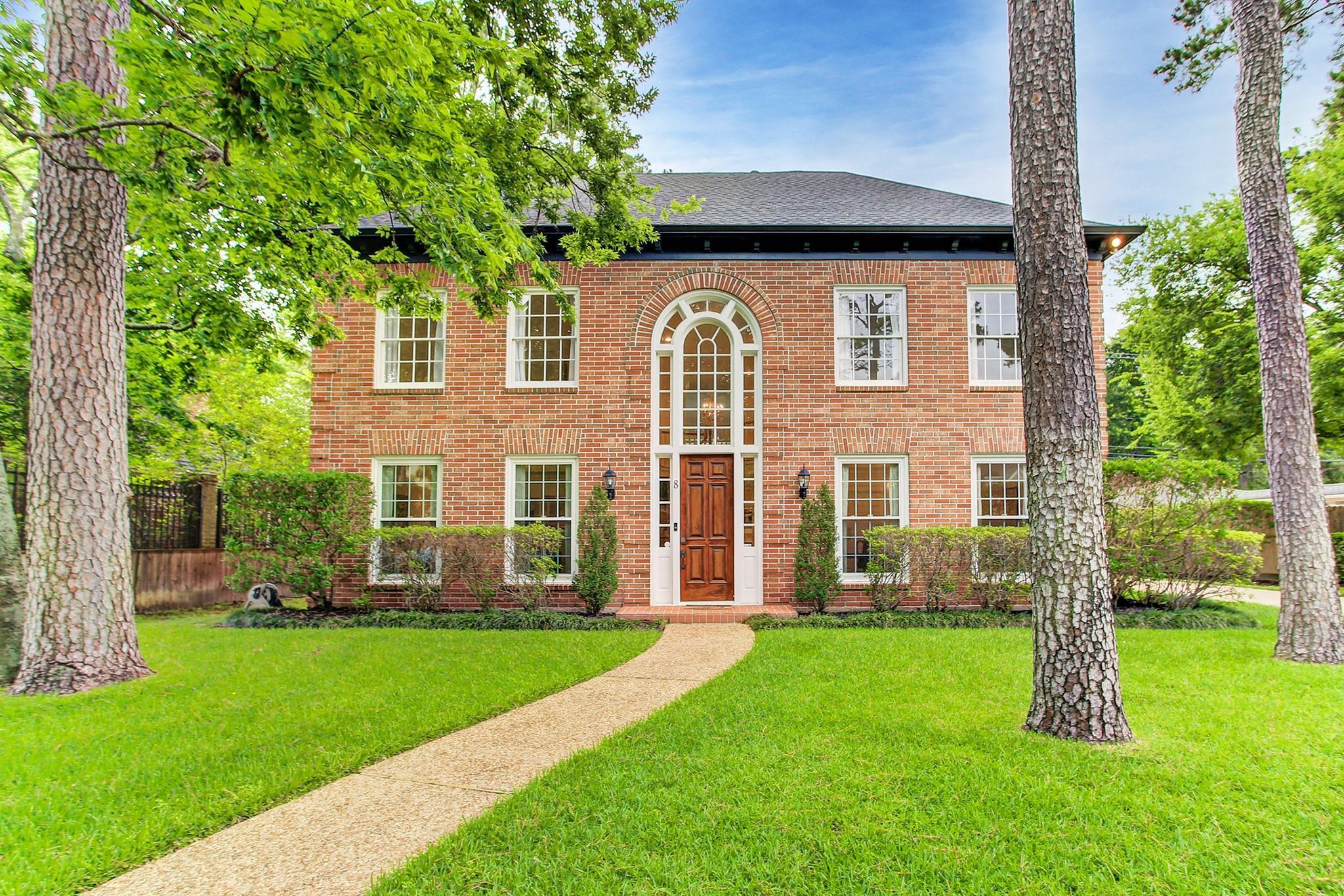 8 Woodsborough Circle Property Photo