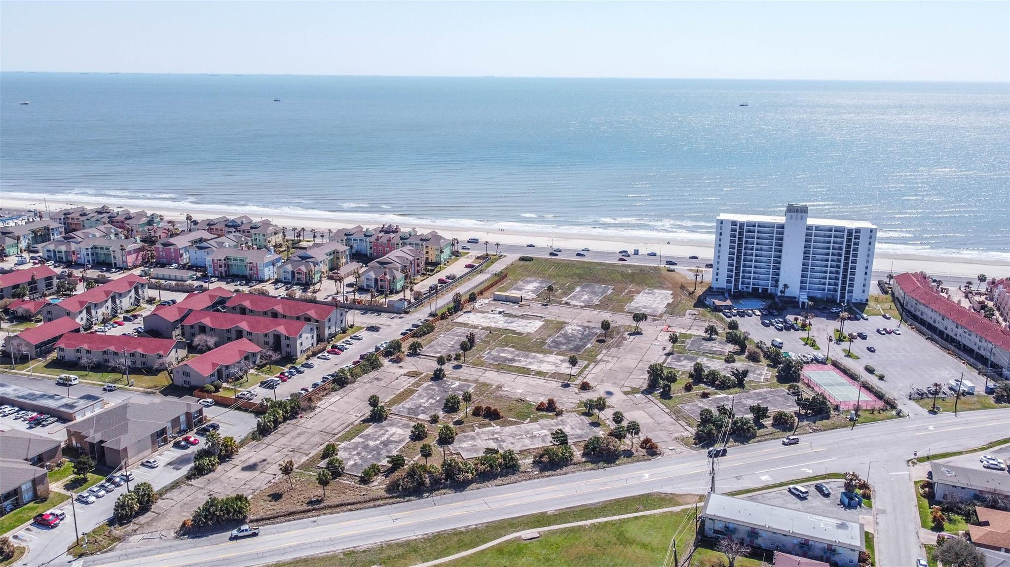 7300 Seawall Boulevard Property Photo - Galveston, TX real estate listing