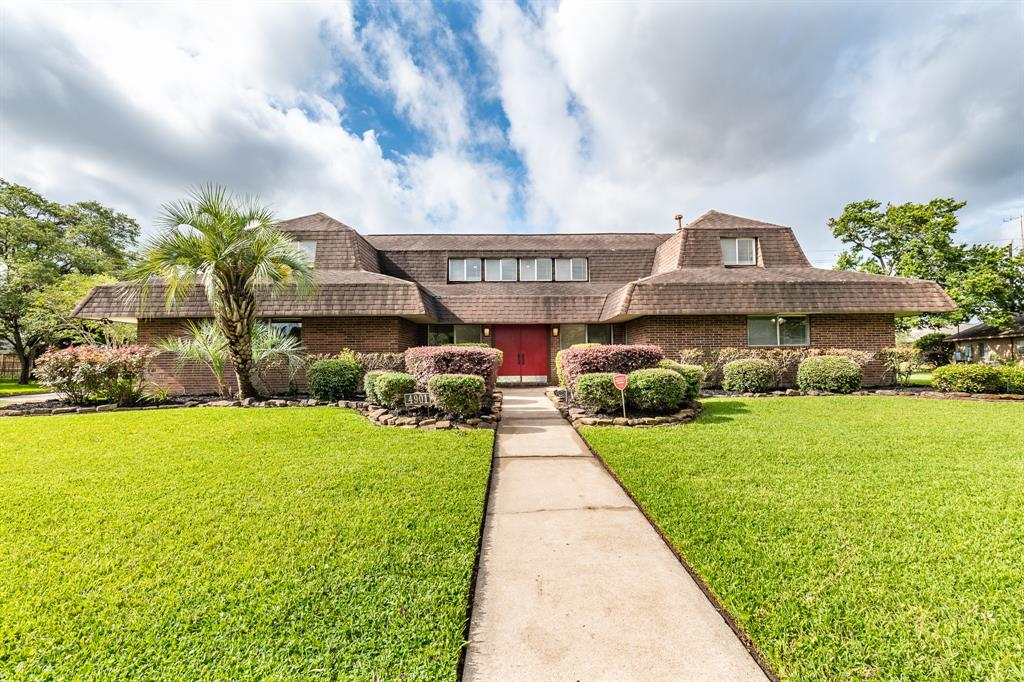 4901 Country Club View Property Photo - Baytown, TX real estate listing