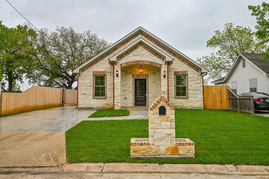1008 Lakin Avenue, Pasadena, TX 77506 - Pasadena, TX real estate listing